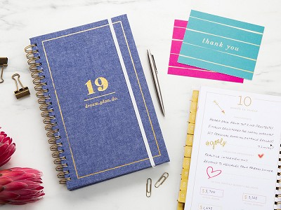 lake + loft: 2019 Inspirational Daily Planner