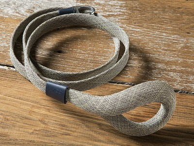 Vuff: Odor-Resistant Ultra Lightweight Dog Leash