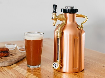 GrowlerWerks: Pressurized Growler Keg