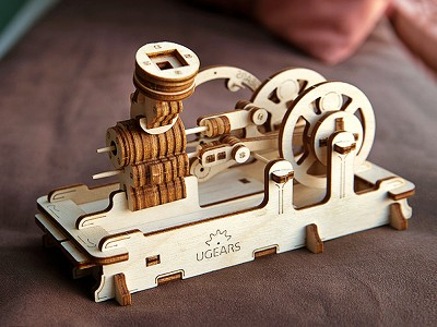 UGEARS: Beginner Wooden Model Building Kit
