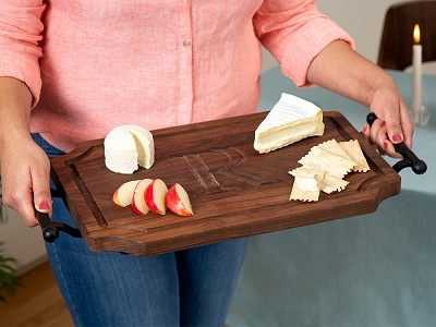 Big Wood Boards: Personalized Scalloped Serving Tray