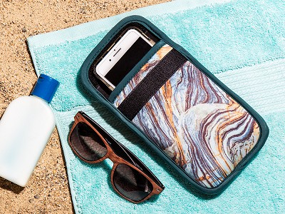 ClimateCase: Insulated Phone Case