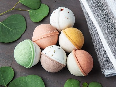 Level Naturals: Mini Bath Bombs Egg Carton Gift Set