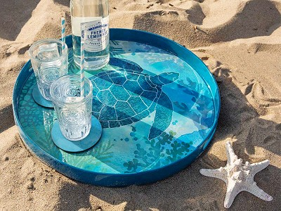 rockflowerpaper: Round Lacquer Serving Tray