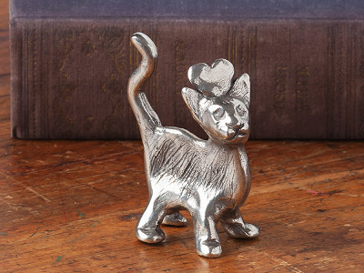 "Tamara Hensick Designs: Cat ""Love"" Sculpture"