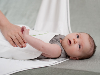 Nested Bean: 2-in-1 Zen Baby Swaddle