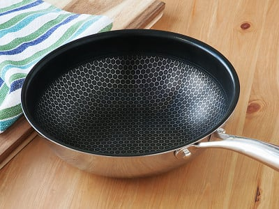 "Black Cube: 9"" Chef's Pan"