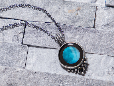 Moonglow: Custom Date Moon Phase Necklace - Classic Design