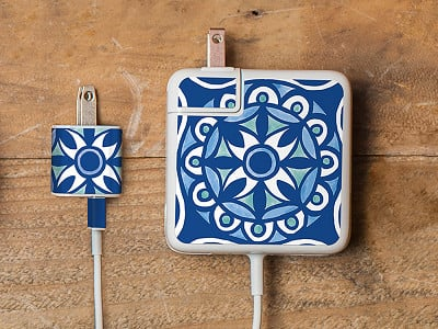Meo: Moroccan Tile Charger Label