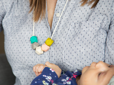 Mama & Little: Teresa Silicone Teething Necklace