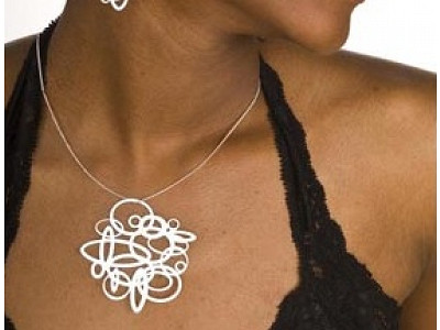 Pop-Out Jewelry: Circles Pendant Necklace